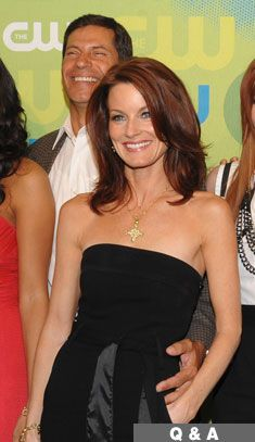 Laura Leighton My Doppelganger, Laura Leighton, Melrose Place, Modern Haircuts, Red Heads, Pretty Baby, Pretty Hairstyles, Hair And Nails, Hair Cuts