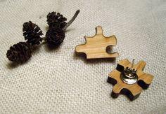 Øredobber med puslespillbiter Stud Earrings, Jewelry, Jewlery, Jewerly, Stud Earring, Schmuck, Jewels, Jewelery, Earring Studs