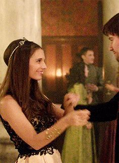 """Lady Kenna wearing the Patricia Bonaldi Taffeta & Lace Gown - """"Tasting Revenge"""" Season Episode 16 Mary Queen Of Scots, Queen Mary, Comic Movies, Movie Tv, Kenna Reign, Revenge Season 2, Lady Kenna, Reign Serie, Caitlin Stasey"""