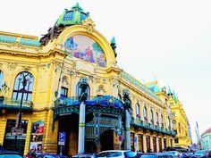 Travel { Municipal House that also serves as a concert hall in Prague / Praha, Czech Republic }
