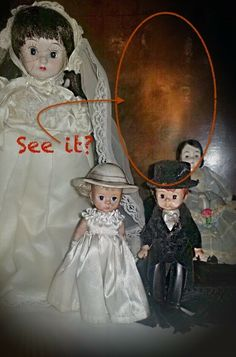 Found in Abandoned Rural Farmhouse Supernatural ParanormalCreepy Spirit Dolls? Found in Abandoned Rural Farmhouse Supernatural Paranormal Zombie Dolls, Creepy Dolls, Creepy Horror, Scary, Zombie Wedding, Ghost Decoration, Creepy Photos, Halloween Queen, Ghost Pictures