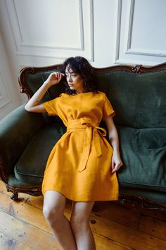 Beautiful color, pure linen and unusual design - everything makes it one-of-a-kind. The dress was crafted to make you feel confident and beautiful. Dress For Summer, Summer Dresses, Style Casual, My Style, Mode Chic, Honey Colour, Linen Tunic, Mellow Yellow, Linen Dresses