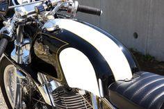 TIN MACHINE motorcycle/1994 SR400/No.084   The SR Times
