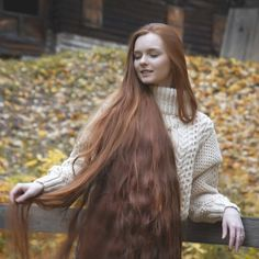 Long Ash Blonde Hair - 20 Best Long Hairstyles for Women of All Ages 2019 - The Trending Hairstyle Really Long Hair, Long Brown Hair, Super Long Hair, Face Shape Hairstyles, Girl Hairstyles, Scarlett, Ash Blonde Hair, Beautiful Long Hair, Beautiful Things