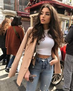 pea coat added to a casual outfit makes it seem more dressed up Winter Fashion Outfits, Fall Winter Outfits, Look Fashion, Autumn Fashion, Summer Outfits, Instagram Outfits, Instagram Fashion, Pastel Outfit, Vetement Fashion