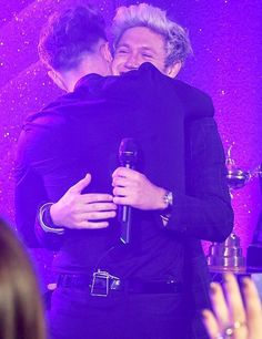May 29th: Niall & Olly Murs performing together at the #HoranandRose Charity Gala