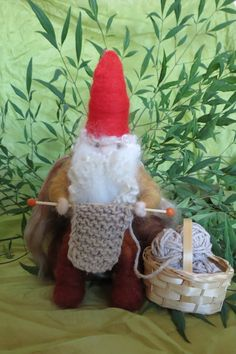 The knitting gnome