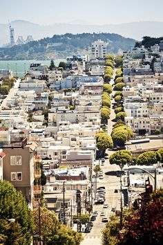 Lombard Street by Andrew Bayda, via 500px