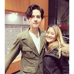 Cole with fans yesterday (October 21st) #colesprouse