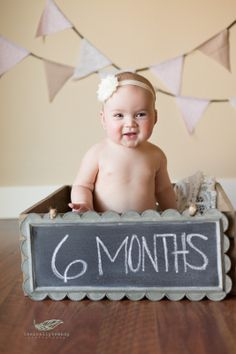 Baby Photography Ideas Girl 6 Months Signs Ideas For 2019 6 Month Photography, Baby Girl Photography, Children Photography, Photography Ideas, Newborn Pictures, Baby Pictures, 6 Month Photos, Baby Girl Photos, Baby Poses
