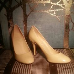 J crew heels Nude, mona shiny patent leather sleek pumps, 4inch heel, never used, no original box, made in Italy J. Crew Shoes Heels