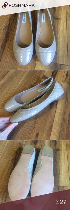 Steve Madden quilted nude flats - never worn! Size 10 but run a little small! They're too small for me but I missed the return date. :( perfect condition. Gorgeous shoes! Steve Madden Shoes Flats & Loafers