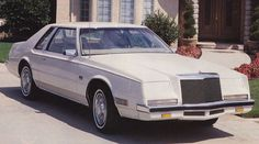 SIA Flashback – 1982 Imperial: Lee's Legacy of Luxury | Hemmings Daily