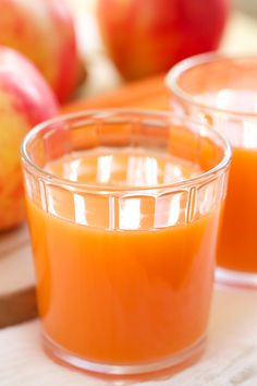 Skin Smoothing, Cold Fighting Carrot Apple Ginger Juice by gi365 #Juice #Carrot #Ginger #Colds #Skin