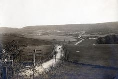 The Lincoln Highway makes its way toward Grand View Pennsylvania. (date unknown) http://ow.ly/r3EFG