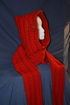 Sparkly True red hooded scarf with shooting star by HattieReegans #CraftySellers
