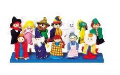 http://www.giocagiomassa.it/giochi-per-lo-sviluppo-del-linguaggio/ 4-5 anni: i burattini aiutano a sviluppare il linguaggio e l'invenzione mediante il raccontare storie. Ci sono i classici burattini a mano o quelli a dito: tutti danno la possibilità di creazione di storie infinite!
