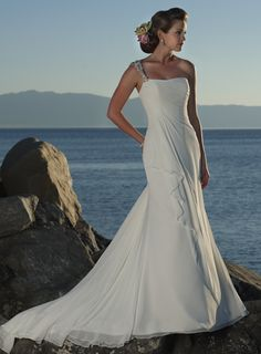 Dropped waist, chapel train, sleeveless chiffon #gowns #wedding