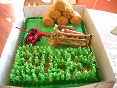 Check out the corn maze on this birthday cake for a farm boy. 1st Birthday Parties, 3rd Birthday, Birthday Cards, Birthday Ideas, Corn Maze, Time Kids, Fondant Figures, Cupcake Cakes, Cupcakes