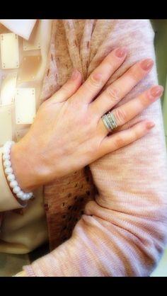 Blijft mooi... Nude nails bij pasteltinten ....