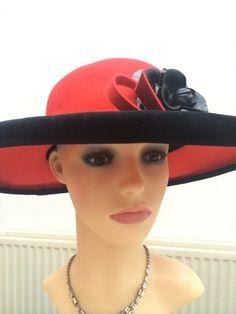 9581f4c4295 Items similar to intage Designer Oscar de La Renta Red   Black wide brim  flower velour hat on Etsy