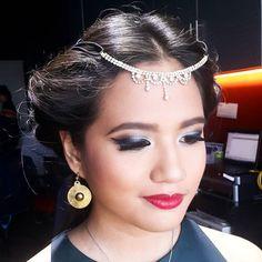 Hello @simbolobylal a.k.a. Princess Jasmine  Ready for a whole new world! #BlockbusterHalloweenAtSmart #SmartWickedOOTD #onmymakeupchair  Hairstyling & Traditional/Airbrush Makeup    FOR INQUIRIES: Smart09479948143  Globe09178924633  VIBER09473370558  #makeupartistph #makeupartist #hmua #hmuaph #mua #muaph #makeup #hairstylist #hair #beauty #fashion #makeupbyme #beautyblog #maccosmetics #MUFEph #makeupforever #marykayph #nars #loreal