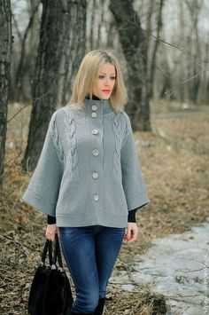 Poncho Sweater, Pullover Sweaters, Cardigans, Lace Knitting Patterns, Knitted Afghans, Cable Knit, Bell Sleeve Top, Outfits, Women