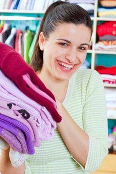 how to organize your closet, closet organization, organization, how-to, how to, how-tos, interior design, organization tips, closet design, closet makeovers, makeover ideas, closet organization ideas, closet organization tips,