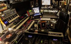 This is where I make Stereo-Mike-Music @ #MyStudio @SoundCloud
