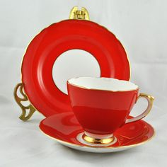 1960s Sheridan English Bone China Red Rea Cup Plate and Saucer