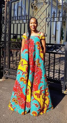 Hello beautiful ladies, Ankara gowns has made us understand the beauty of the Ankara fabrics. Ankara gowns are so beautiful and attractive. These ankara gowns are so sweet and charming. With these gowns, you would look so outstanding and unique. Ankara Maxi Dress, African Maxi Dresses, Latest African Fashion Dresses, African Dresses For Women, African Attire, African Wear, Ankara Fashion, African Style, Long Ankara Dresses