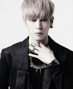 Aah Himchan is so handsome *--*
