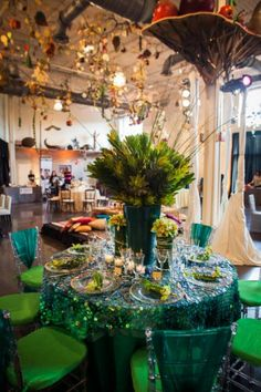 Emerald Ocean Table at the Say 'I Do' Wedding Show at @GroundsForSculpture.  Awesome flowers Viburnum Designs.  Thanks MK Photo!
