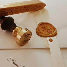 #handmade #creativity #style #classic #gold #lightsdrogheriacreativa #salerno #centrostorico