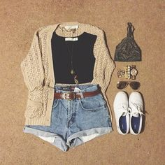 Beige or Khaki Cardigan, Black Cropped Tank or Shirt, Cuffed Shorts, Brown Leather Belt, White Keds Shoes Vintage Hipster, Mode Vintage, Spring Summer Fashion, Spring Outfits, Winter Outfits, Mode Swag, Teen Fashion, Fashion Outfits, Fashion Clothes