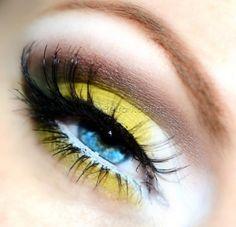 UD naked palette (naked, buck) NYX jumbo pencil in milk Mac eyeshadows in gesso, sour lemon, club Makeup geek eyeshadows in dirty martiny, corrupt Bourjois mascara Screenface eyelashe no. Makeup Geek, Makeup Tools, Makeup Art, Beauty Makeup, Makeup Style, Beauty Tips, Spring Eye Makeup, Club Makeup, Yellow