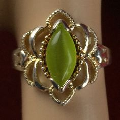 Vintage .925 Sterling Silver Prehnite Cabochon Stone Two Tone Ring BB675|We combine shipping|No Question Refunds|Bid $60 for free shipping. Starting at $1