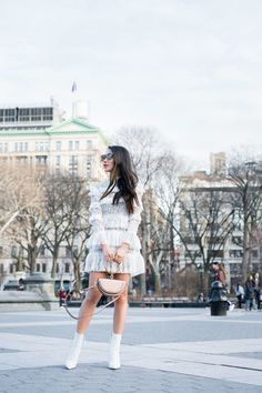 Spring Blooms :: Lace dress