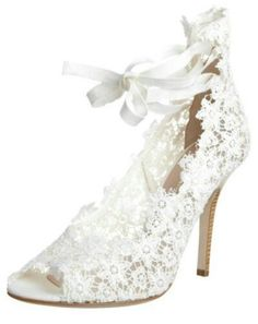 Delicate lace shoes like this are a pretty choice for a bridal outfit. #Gorgeous #Wedding #Shoes