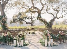 Charming California winery wedding with stunning florals via Magnolia Rouge