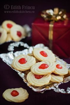 Moraschino cherry cookies - melts in your mouth! Edith's Kitchen, Cherry Cookies, Dessert Recipes, Desserts, Cheesecake, Food, Recipes, Kitchens, Tailgate Desserts