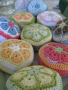 pincushions to crochet