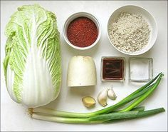 Authentic kimchi for the uninitiated (and initiates too) - La Table de Diogène est Ronde - Daily Good Pin Canning Recipes, Raw Food Recipes, Asian Recipes, Vegetarian Recipes, Healthy Recipes, Ni Cru Ni Cuit, Best Korean Food, Easy Diner, Chefs