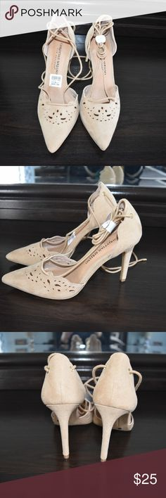 beautiful heels with straps NEW tan heels with straps,high heel 3 inches Christian Siriano Shoes Heels