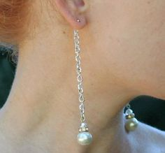Pretty, elegant, and quick, these Beautiful Backdrop Pearl Earrings are a timeless accessory set that can be worn over and over again at holiday parties and fancy events.