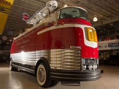 GM Futurliner bus to be auctioned at Barrett-Jackson