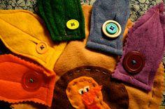 http://pinkandgreenmama.blogspot.com/2010/11/preschool-at-home-button-turkey.html