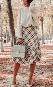 Elegant fall outfits for women in 2019 minimal and classy womens fashion chic trends fall fashion noble Simple Fall Outfits, Fall Winter Outfits, Autumn Winter Fashion, Fashion Fall, Classy Fashion, Classy Chic Outfits, Classy Clothes, Winter Boots, Classy Outfits For Women