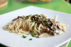 Sachen die glücklich machen: Champignons-Sahne-Sauce mit Pasta