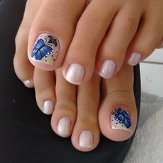 Health and fitness (not me) Pedicure Nail Art, Pedicure Designs, Toe Nail Art, Pretty Pedicures, Pretty Nails, Feet Nail Design, Cute Toe Nails, Gel Toes, Nails Only